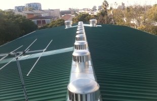 green-commercial-roof